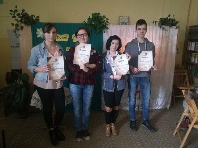 Konkurs Poetycki Mój Ulubiony Wiersz W Szkole Podstawowej