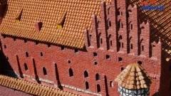 """Kto zniszczył zamek w Malborku? Zniszczony mur i wybite szyby!!"""" - alarm mieszkańca Malborka!"""