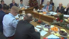 BUDŻET I PENSJE ZATWIERDZONE. IV SESJA RADY MIASTA I GMINY NOWY STAW - 18.12.2014
