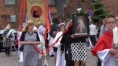 Tłumy mieszkańców Sztumu uczestniczyło w procesji Bożego Ciała z kościoła Św. Anny do par. pw. Św. Andrzej Boboli- 26.05.2016