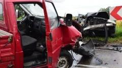 Czołowe zderzenie Audi i VW transportera. Kierowcy w szpitalu. Żelichowo – 17.08.2016