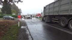 Miał wyprzedzać autobus. 28- latka zginęła na miejscu. Wypadek w Dąbrówce Malborskiej – 07.10.2016