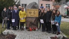 Dzierzgoń uczcił pamięć Żołnierzy Wyklętych uroczystym apelem – 01.03.2017
