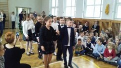 Stegna. Recytowali wiersze, śpiewali pieśni patriotyczne oraz tańczyli poloneza - 28.04.2017 (galeria)