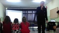 Spotkanie uczniów Gimnazjum w Sztutowie z przedstawicielem Komendy Powiatowej Policji w Nowym Dworze Gdańskim z posterunkową dr Magdaleną Pinkowicką – 25.04.2017