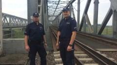 Lisewo Malborskie : Bohaterska akcja policjantów. Pijany mężczyzna szedł pod pociąg - 14.09.2017