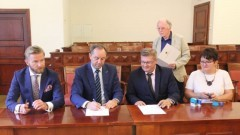 Ostaszewo : Gmina zyskała kolejne środki na zakup nowego wozu pożarniczego - 17.08.2017