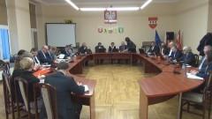 XXXVI sesja Rady Powiatu Sztumskiego. Emocje podczas dyskusji o Kodeksie wyborczym – 29.11.2017