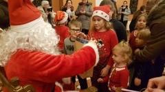 By spotkać św. Mikołaja musiały go odnaleźć. Dzieci szukały go na malborskim zamku - 06.12.2017