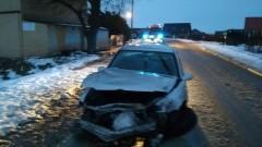 Sztum: Opel rozbity na drzewie. Ranny kierowca trafił do szpitala – 18.01.2018