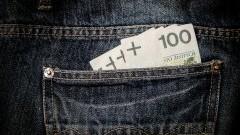 Polacy pożyczają coraz więcej na coraz dłużej