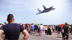 Pokazy lotnicze robiły wrażenie. Pilot MIG-a zachwycił umiejętnościami. Open Air Day 2018