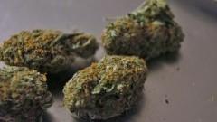 Amfetamina i marihuana w mieszkaniu 19-latka. Mężczyźnie grozi do 3 lat więzienia.