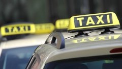 Płatności bezgotówkowe coraz popularniejsze w taksówkach