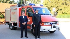 Nowy wóz strażacki i wyremontowana świetlica w sołectwie Jeziernik