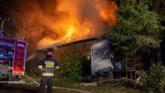 Pożar domu w Marynowach. Spłonęła 1/4 budynku.