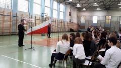Nowy Dwór Gdański: Obchody 100. rocznicy odzyskania niepodległości przez Polskę w Zespole Szkół nr 1