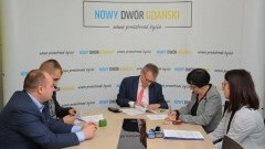 I etap przebudowy ulicy Uroczej w Nowym Dworze Gdańskim. Podpisanie umowy.