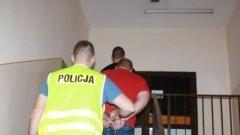 Malbork: Włamywali się do aut. Straty wyniosły ponad 10 tysięcy złotych.