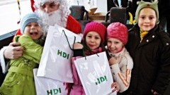 Mikołaj będzie rozdawał słodkości oraz drobne upominki. Wesoły autobus zaprasza wszystkie malborskie dzieci