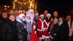 Wigilijne spotkanie z mieszkańcami. Święty Mikołaj przybył do dzieci w Miłoradzu