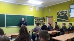 Policjanci przeprowadzili szereg spotkań profilaktycznych z uczniami powiatu malborskiego