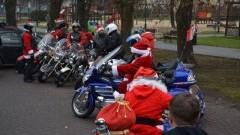 Jarmark Świąteczny: Mikołaje na motocyklach w Nowym Dworze Gdańskim.
