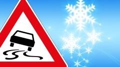 Po licznych wypadkach i kolizjach drogowych policja apeluje o ostrożność.