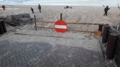 Naprawa uszkodzonych przez sztorm zejść na plażę w Gminie Sztutowo