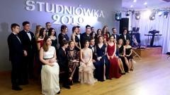 """""""Minęła Studniówka z wielkim hukiem"""" - bal maturalny I LO w Malborku."""