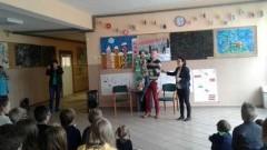 """Mikoszewo: """"Nakrętkomania dla Arturka"""" akcja charytatywna w Szkole Podstawowej"""