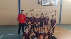Kmiecin/ Marzęcino: Brązowe medale drużyn ze Szkoły Podstawowej nr 2 w koszykówce