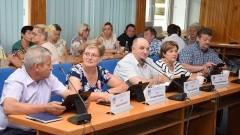 Nowy Dwór Gdański: Radni podjęli między innymi uchwałę w sprawie ustalenia zasad sprzedaży lokali mieszkalnych jedną - XIII sesja Rady Miejskiej
