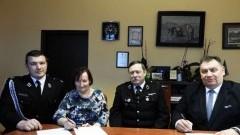 OSP Stare Pole z nowym samochodem ratowniczo – gaśniczym.