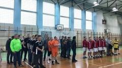 Piłkarski Turniej Samorządowy. 6 zespołów rywalizowało o zdobycie pucharu Starosty Nowodworskiego