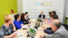 Spotkanie Burmistrza Nowego Dworu Gdańskiego z dyrektorami gminnych placówek oświatowych.