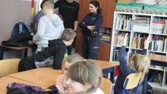 Policjanci sprawdzają miejsca zimowego wypoczynku dzieci i młodzieży.