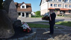 Włodarze Nowego Dworu Gdańskiego upamiętnili poległych w II wojnie światowej.