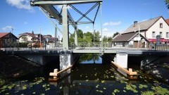 Nowy Dwór Gdański. Most na Tudze zostanie chwilowo wyłączony z ruchu pieszego i samochodowego.