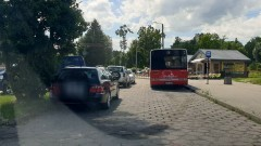 Mistrz (nie tylko) parkowania na Cmentarzu Komunalnym w Malborku.