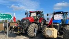 """W Rychnowie Żuławskim odbył się protest branży rolniczej przeciwko tzw. """"Piątce dla zwierząt'."""