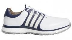 Buty golfowe - czym różnią się od zwykłych butów sportowych i jak wybrać najlepsze