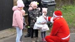 Gmina Nowy Staw. 6 grudnia Mikołaj odwiedził najmłodszych mieszkańców Myszewa.