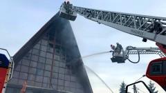 Nowy Dwór Gdański. Palił się kościół w Kępkach. Straty sięgają ponad 1 mln zł.