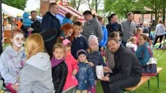 RODZINNY FESTYN PROFILAKTYCZNY PRZED ŻUŁAWSKIM OŚRODKIEM KULTURY. NOWY DWÓR GDAŃSKI - 17.05.2015