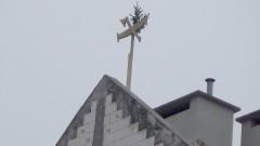 Czy prace budowlane idą zgodnie z planem? Zawieszenie Wiechy na dachu budynku malborskiego TBS-u - 13.04.2016
