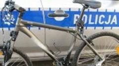 Elbląg. Z poradnika kierowcy. W słuchawkach na rowerze - 25.04.2016