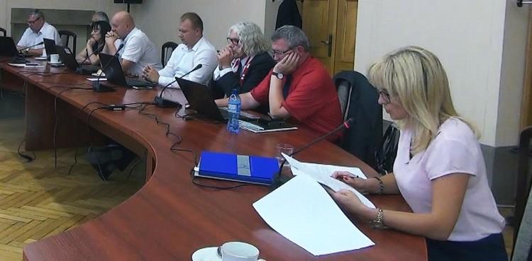 Zakłady aktywności wołają o pomoc. Brakuje pieniędzy na... XLII sesja Rady Powiatu Sztumskiego