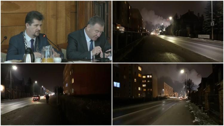 """""""Ciemno, jak w d..."""" - burmistrz Malborka nie odpowiada w sprawie ulicy Sikorskiego."""