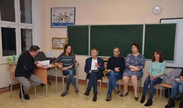 Spotkanie z rodzicami oraz pracownikami Szkoły Podstawowej w Lubieszewie